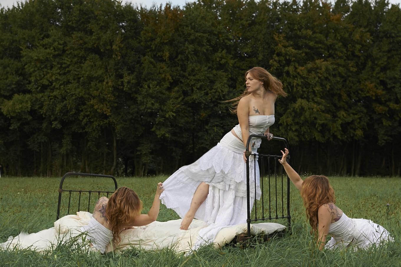 madmoiselle lelaya - nature - clonage cheveux