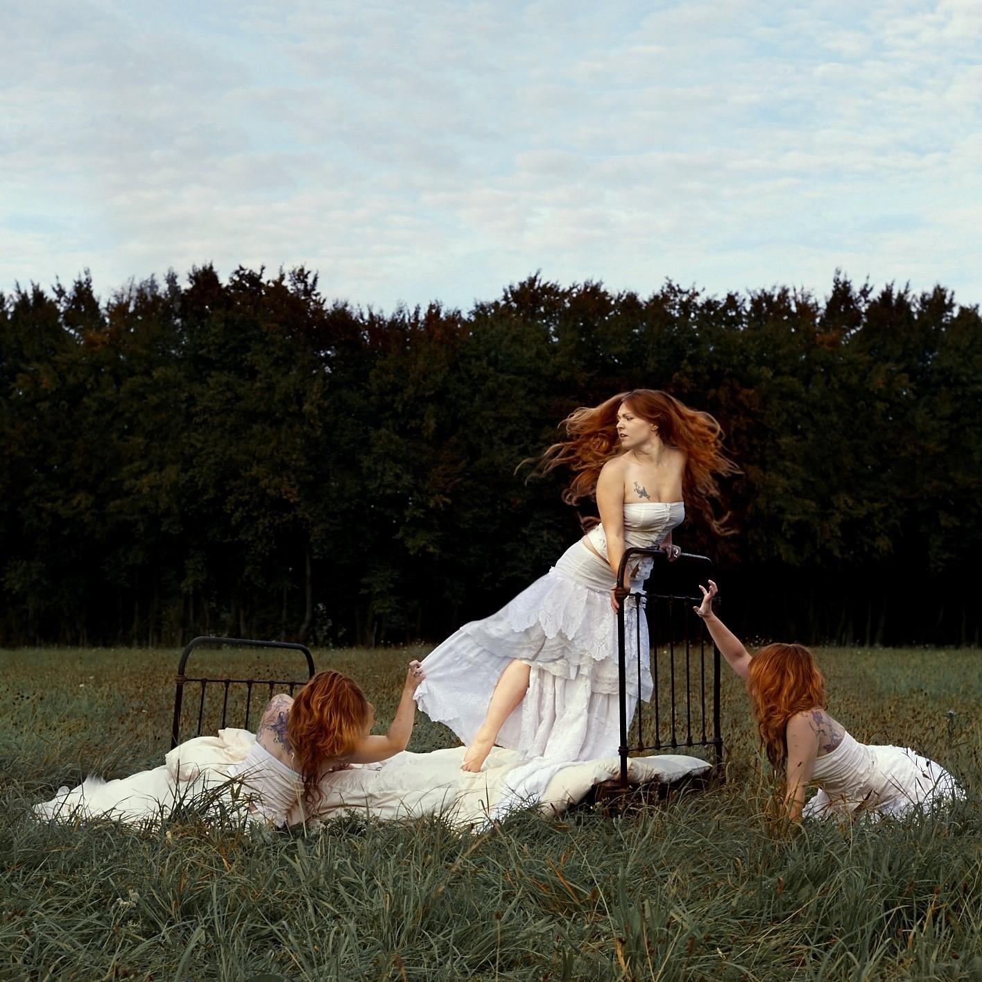 madmoiselle lelaya - graigue - recadrage